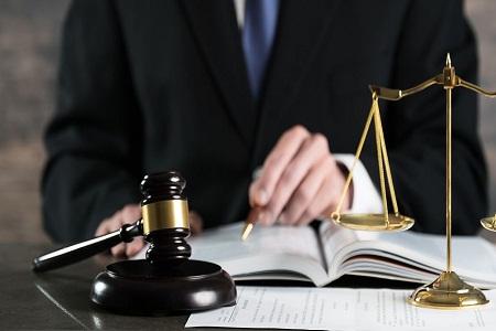 刑事诉讼辩护律师