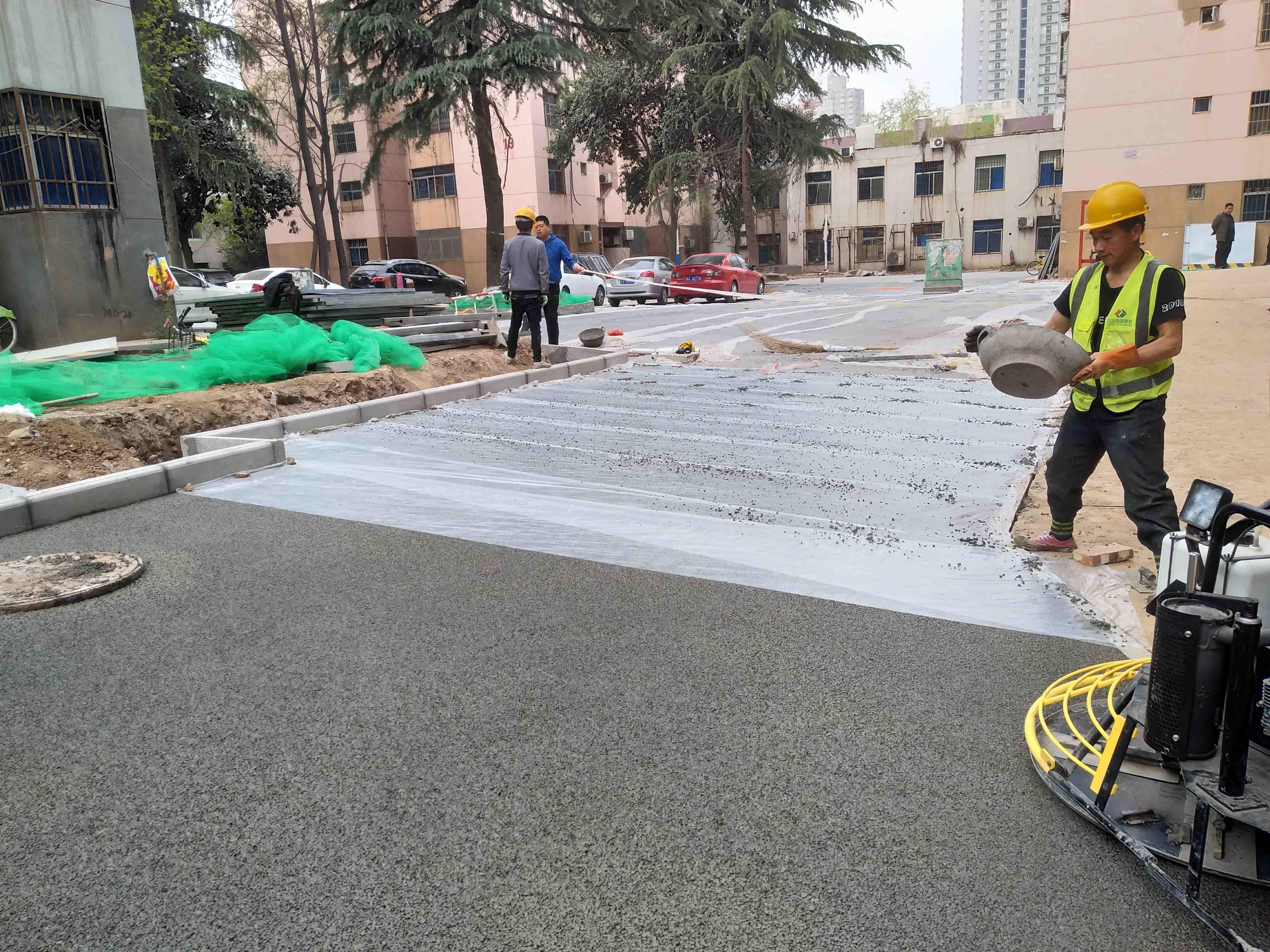 明德門路面改造提升工程