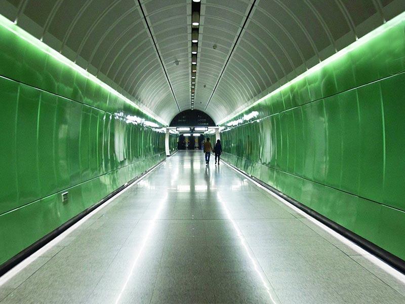 地铁通道抗倍特板效果图展示