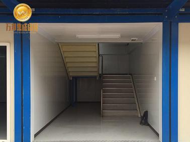 框架箱双跑楼梯