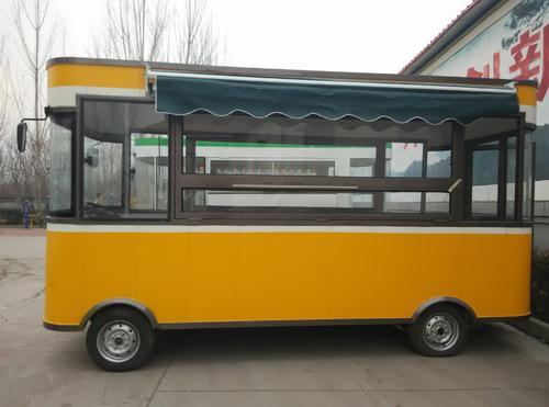 电动四轮餐车