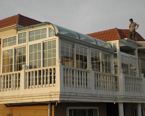 别墅封阳台阳光房