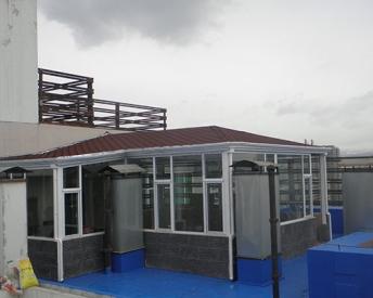 屋顶玻璃阳光房安装