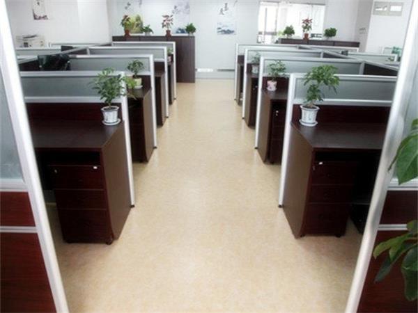 成都办公室PVC地板批发厂家