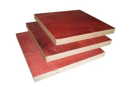 防止建筑模板老化的方法