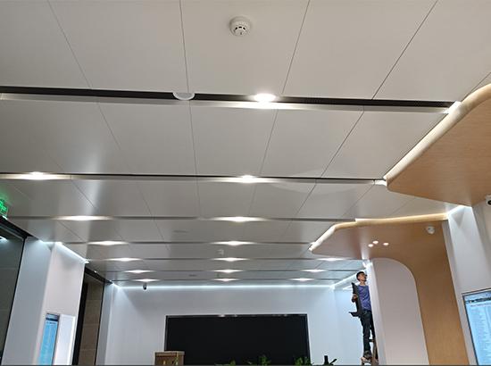 幕墙铝单板安装