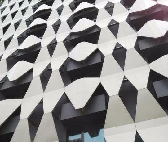 铝单板使用的是什么板材?厚度多少