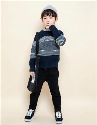 囧小孩灰色拼接时尚毛衣