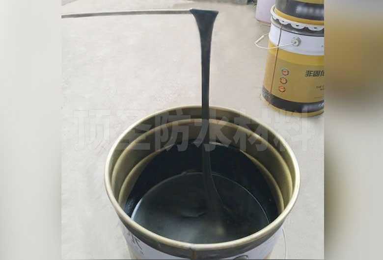非固化橡化沥青防水涂料适合坡屋面防水的原因有哪些?