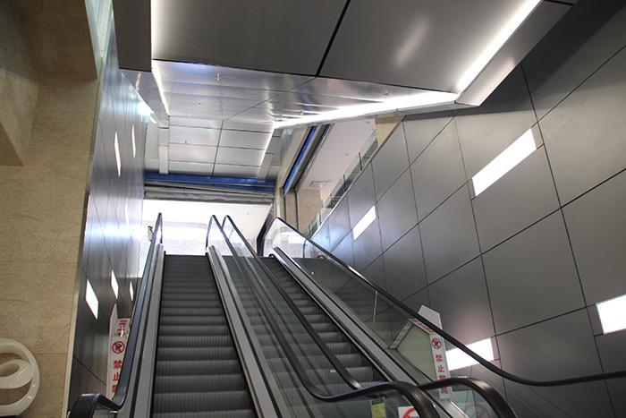 昆明南悦城商场铝单板室内外装…