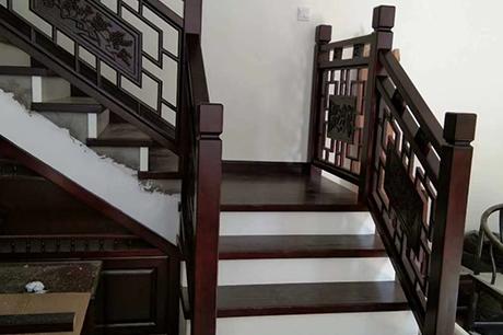 复式实木楼梯定制