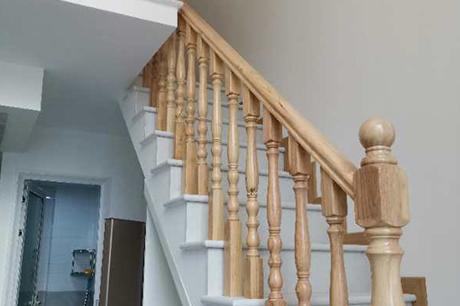 复式楼梯安装