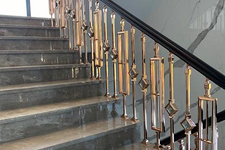 实木楼梯厂家怎样保证楼梯的性能