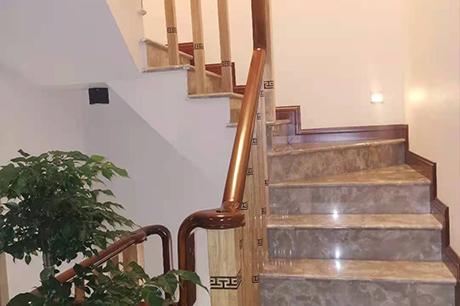 重庆实木楼梯扶手安装