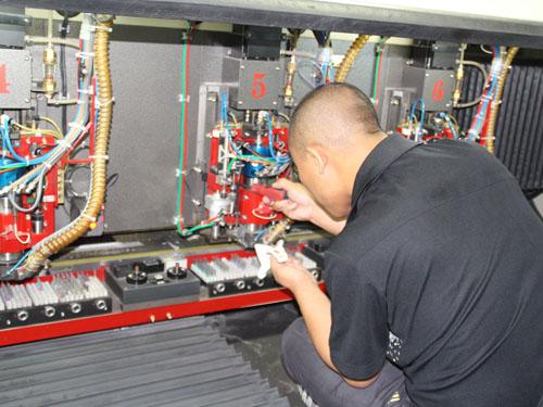 PCB钻孔机维修