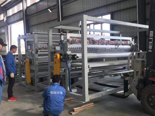 四川土工膜厂家生产设备