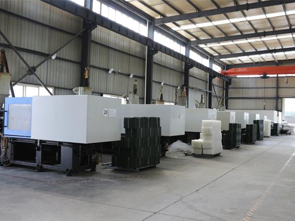 四川土工布厂家生产设备,成都土工布厂家生产设备