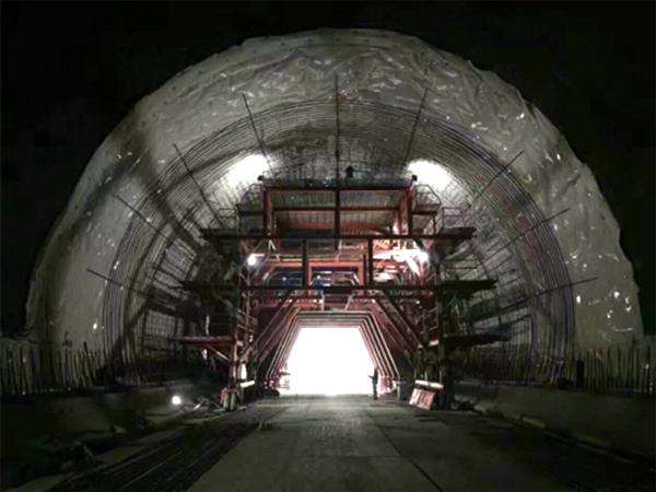 乐汉高速 隧道防水板 公路施工案例