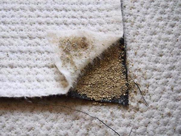 人工湖膨润土防水毯
