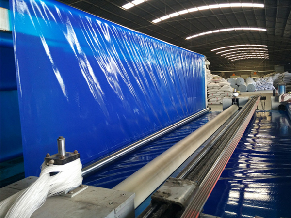 成都蓝色HDPE光面土工膜