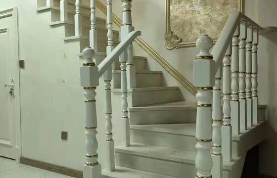 沈阳欧式实木楼梯扶手