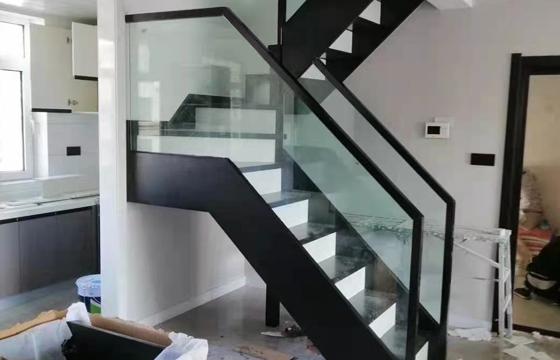 欧式玻璃楼梯
