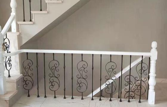 沈阳新中式铁艺楼梯