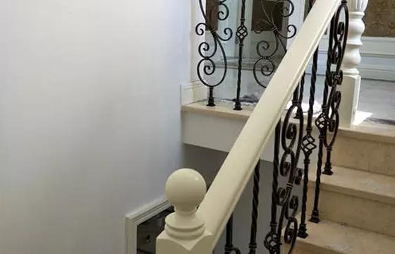 沈阳铁艺楼梯的设计及制作方法