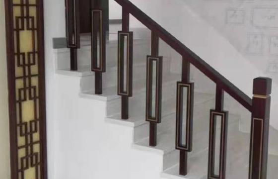 实木楼梯供应