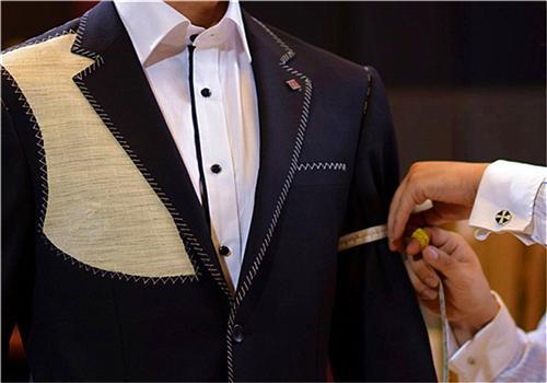 西服定制生产厂家推荐制作服装的面料种类