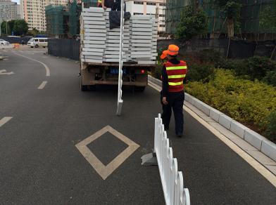 石林县锌钢护栏项目工程