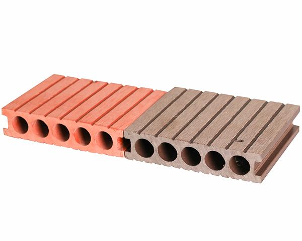 圆孔木塑地板