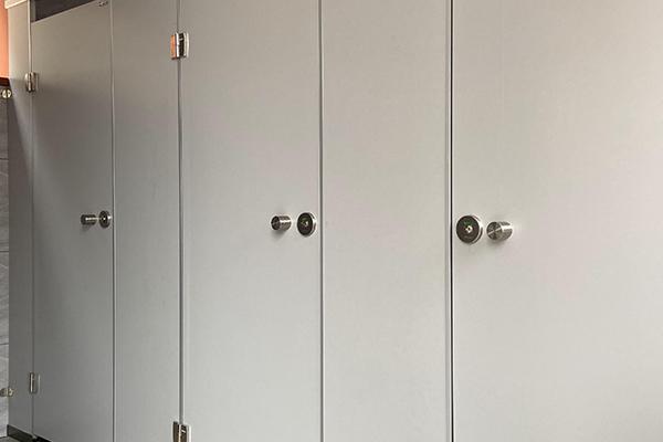 卫生间三聚氰胺板隔断