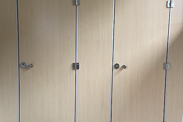 卫生间隔断门板