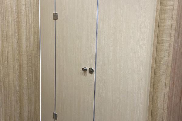 卫生间铝蜂窝板隔断
