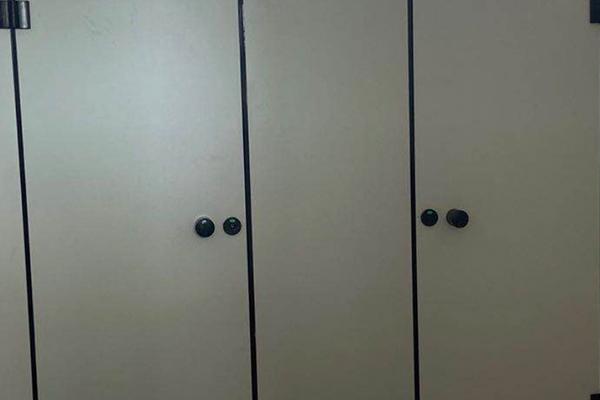 建筑卫生间隔断