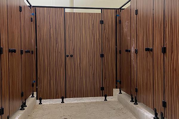 卫生间干湿隔断