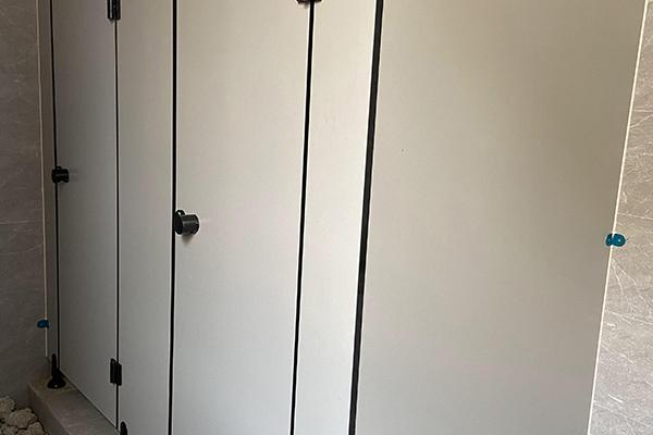 金属蜂窝板卫生间隔断