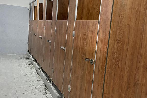 医院厕所隔断