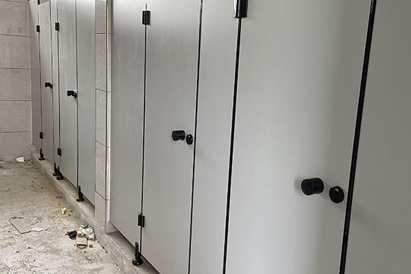 公厕卫生间隔断
