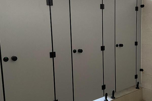 小区卫生间隔断板