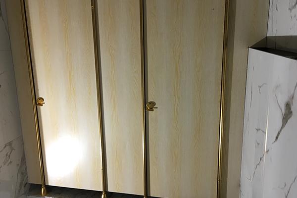 防潮板公共厕所隔断
