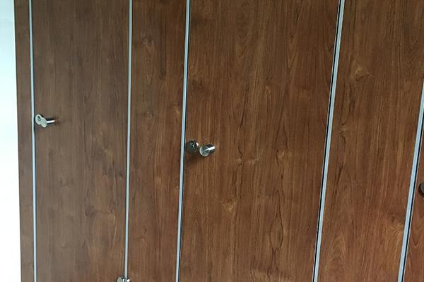 铝合金卫生间隔断板