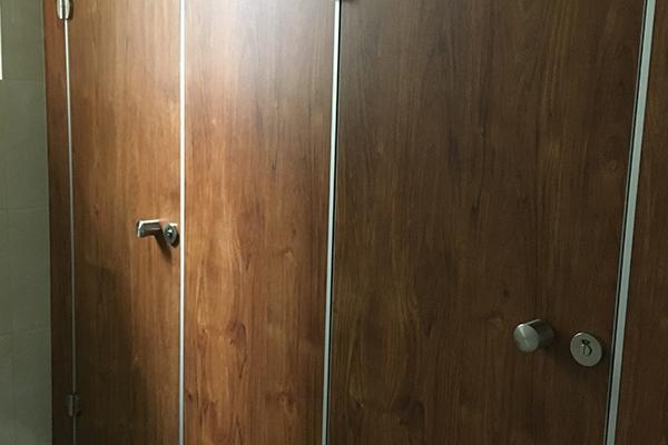 铝合金厕所隔断板