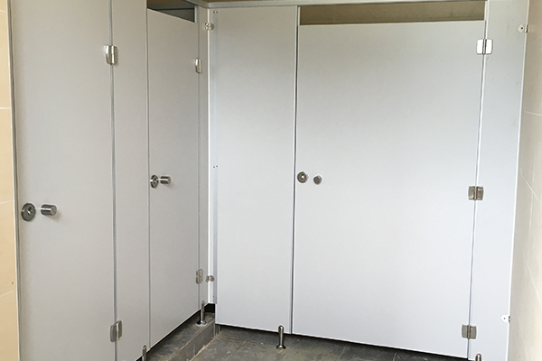 pp料隔断厕所