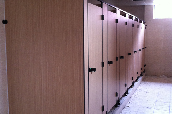 PVC发泡板隔断卫生间
