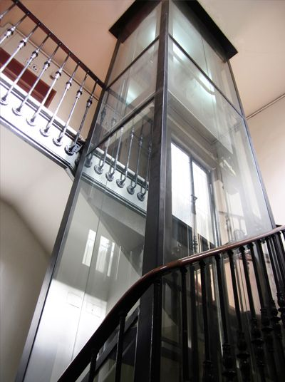 西安电梯厂家介绍:家用别墅电梯维护的成本费