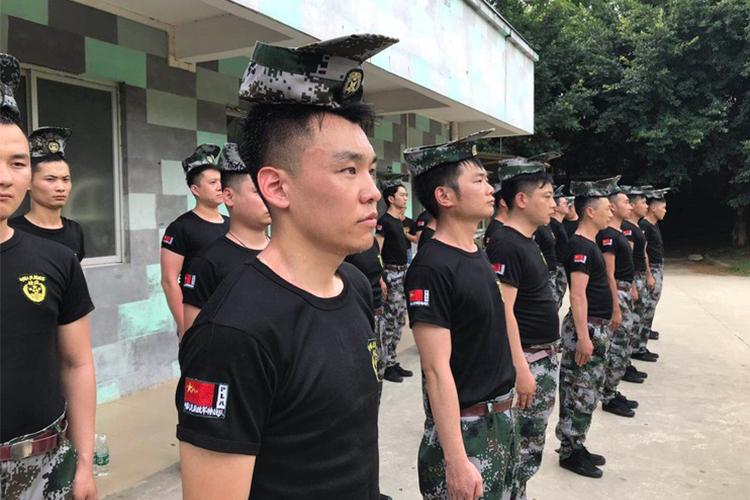 黄埔军校军事拓展训练-企业培训