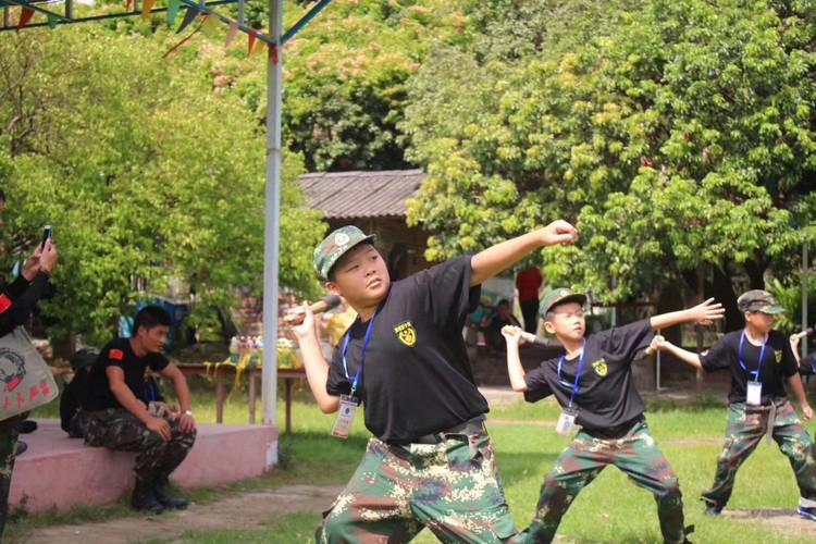 浅谈参加夏令营对孩子的影响_广州黄埔军事夏令营在线报名