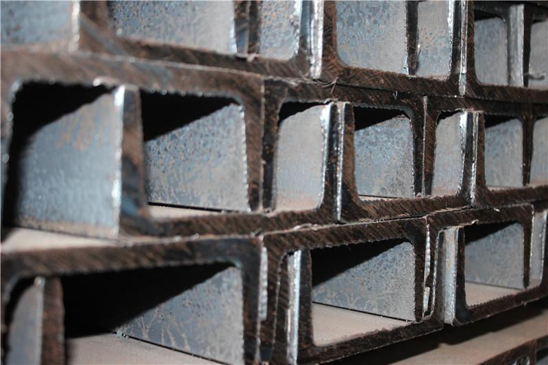如何提高南川型材批发槽钢?